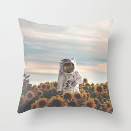The Sunflower Galaxy, Messier 63 Throw Pillow