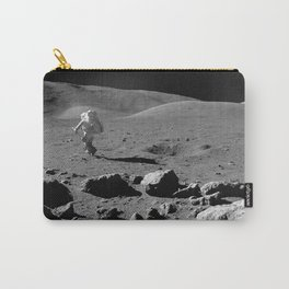 Apollo 17 - Astronaut Running Carry-All Pouch