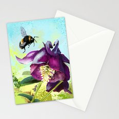 Bee flying 14 Stationery Cards