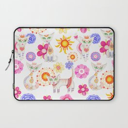Seamless hand illustrated pattern with cute cartoon cats and flowers. Laptop Sleeve