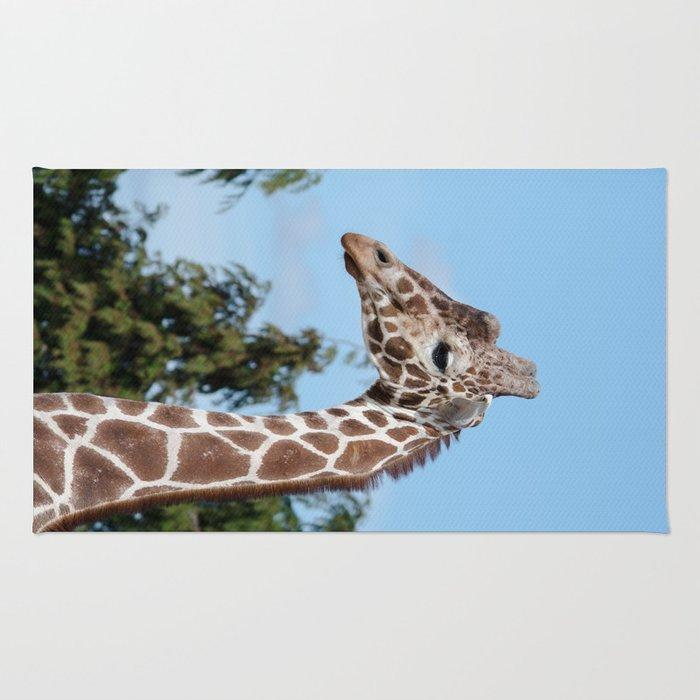 Reticulated giraffe Rug