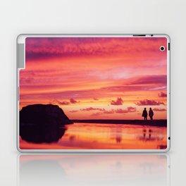 2 friends at the beach Laptop & iPad Skin
