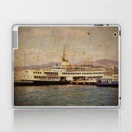 Longboattie. Laptop & iPad Skin