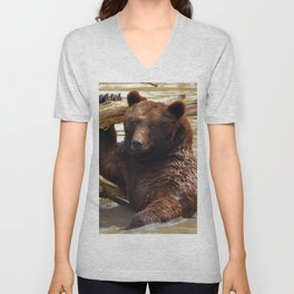 Majestic Large Grown Grizzly Bear Clinging Onto Fleetwood In Lake Ultra HD Unisex V-Neck