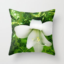 Innocent in green Throw Pillow