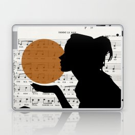 Music in the sun Laptop & iPad Skin