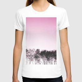Lovely pink sky T-shirt