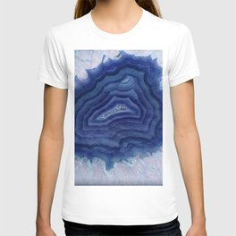 Blue agate crystal's T-shirt