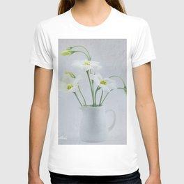 Simply Delightful Lisianthus T-shirt