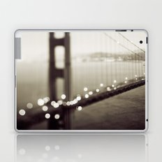 Meet Me In San Francisco (Black and White Edition)  Laptop & iPad Skin