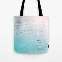 Seagull flying Tote Bag