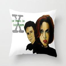 X-files 2 Throw Pillow