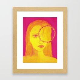 mirada en pixeles Framed Art Print