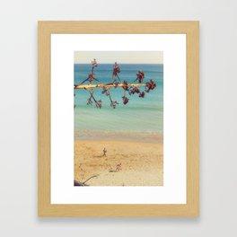 Jeux de plage Framed Art Print