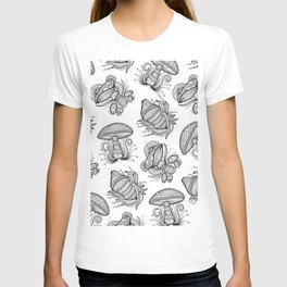 Black and White Mushroom Lineart Mandala Design T-shirt