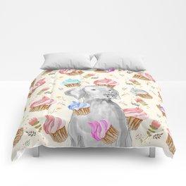 CUPCAKES AND WEIMARANER Comforters