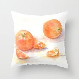 Les oranges Throw Pillow