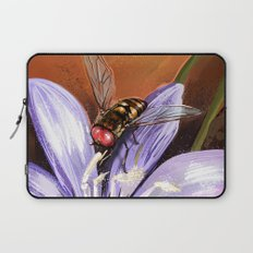 Fly on flower 10 Laptop Sleeve