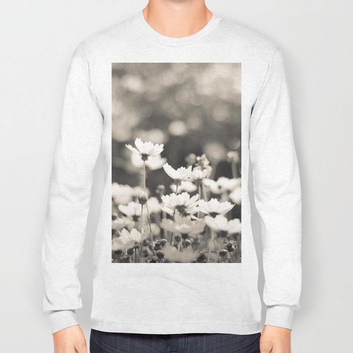 Black and White Daisy Long Sleeve T-shirt