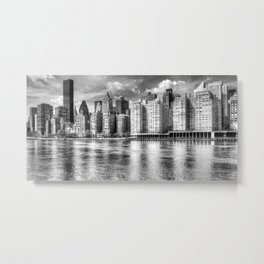 East River Manhattan In Monochrome Metal Print