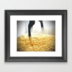Segundas veces Framed Art Print