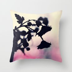 morning daisy Throw Pillow