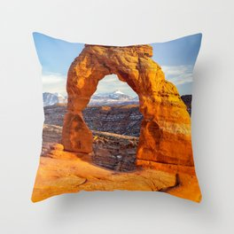 DELICATE ARCH SUNSET ARCHES NATIONAL PARK MOAB UTAH Throw Pillow