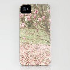Surrendering iPhone (4, 4s) Slim Case