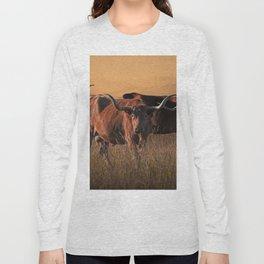 Texas Longhorn Steers on the Prairie at Sunset Long Sleeve T-shirt