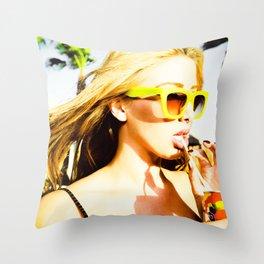 5395 Sarah in the California Desert Throw Pillow