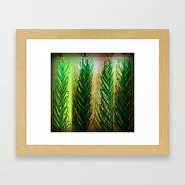 le grande leaves Framed Art Print