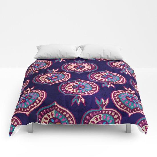 Decorative pomegranate pattern Comforters