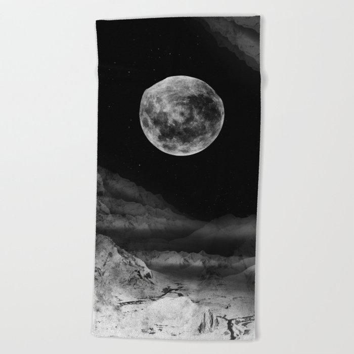 Between two moons Beach Towel
