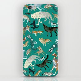 Wolves of the World Green pattern iPhone Skin