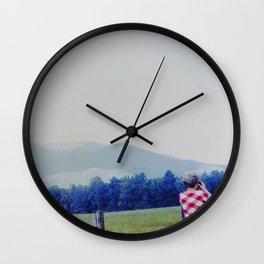 Looking Wall Clock