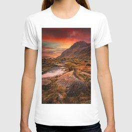 Tryfan Mountain Sunrise T-shirt