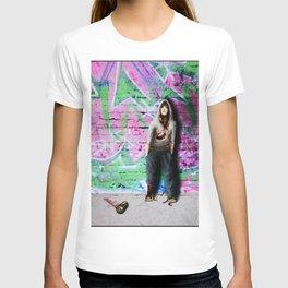 ... street art T-shirt