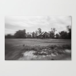 CREATIVE PHOTOGRAPH OF A BARN IN EASTERN SHORE Canvas Print