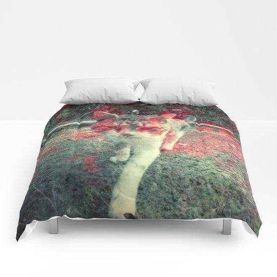 Evil cat Comforters
