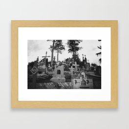Descanse en Paz Framed Art Print