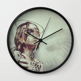 Dissimulation Wall Clock