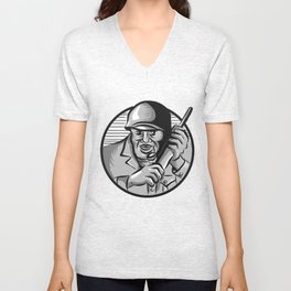 World War Two Soldier American Calling Radio Circle Etching Unisex V-Neck