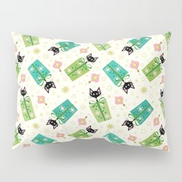 Vintage Kittens and Gift Boxes ©studioxtine Pillow Sham