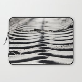 Traces in the sand 3 Laptop Sleeve