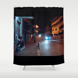 Una Noche Tranquila En Honduras Shower Curtain