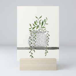 Vase 2 Mini Art Print