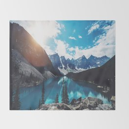 Lake Moraine Throw Blanket