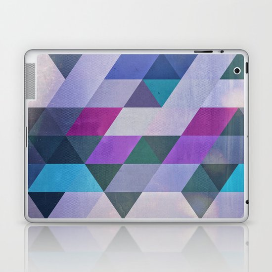 flyty Laptop & iPad Skin