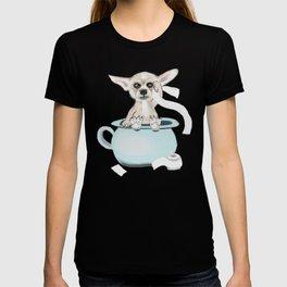 Chihuahua on toilet T-shirt