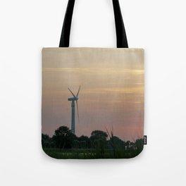ad solis occasum ventus turbines ab Horumersiel Tote Bag